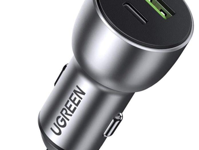 Ugreen 60980, caricatore per auto da 36W con USB-A e USB-C a soli 16,99 euro