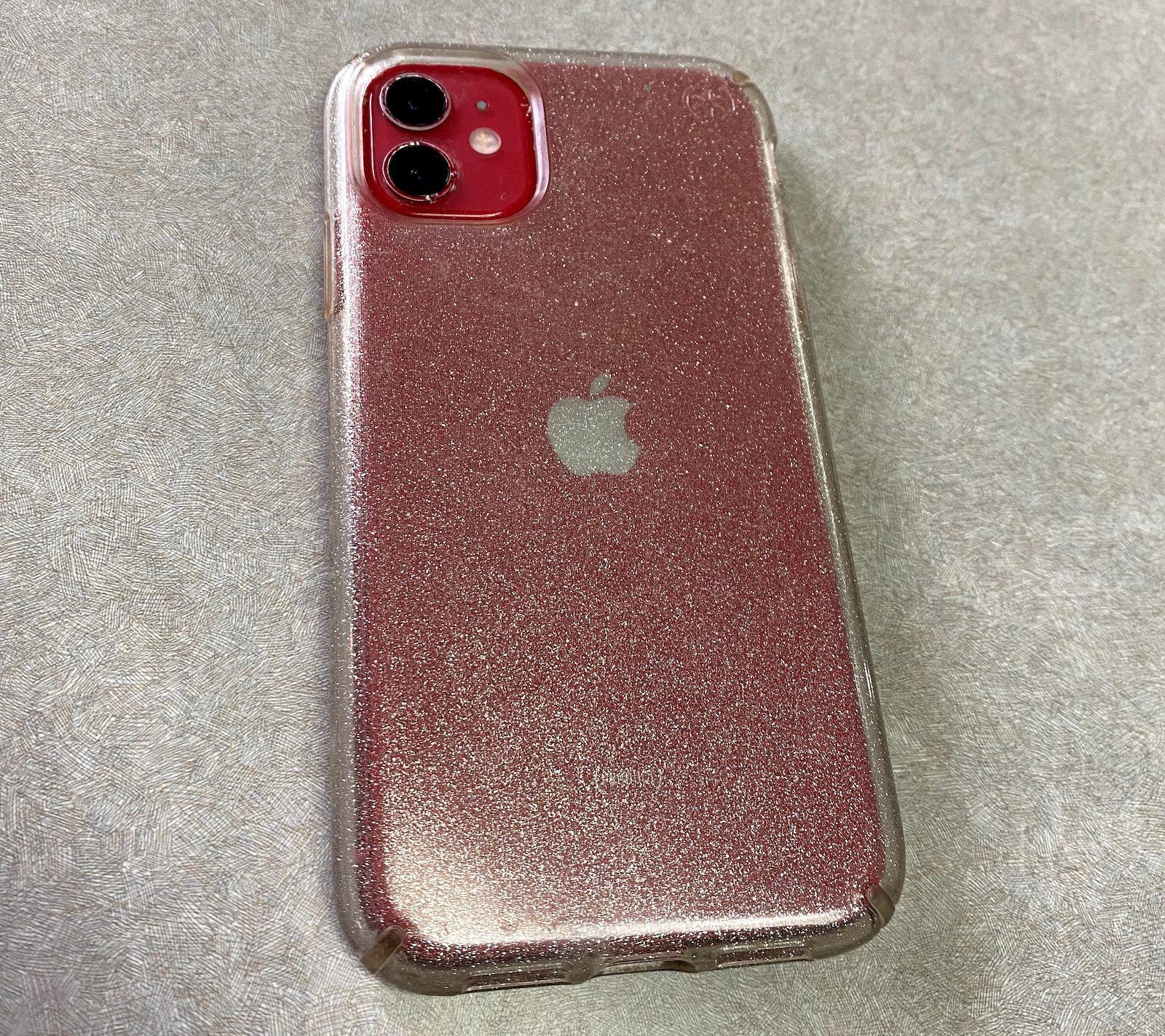 Disney restituisce un iPhone 11 funzionante ritrovato dai sommozzatori