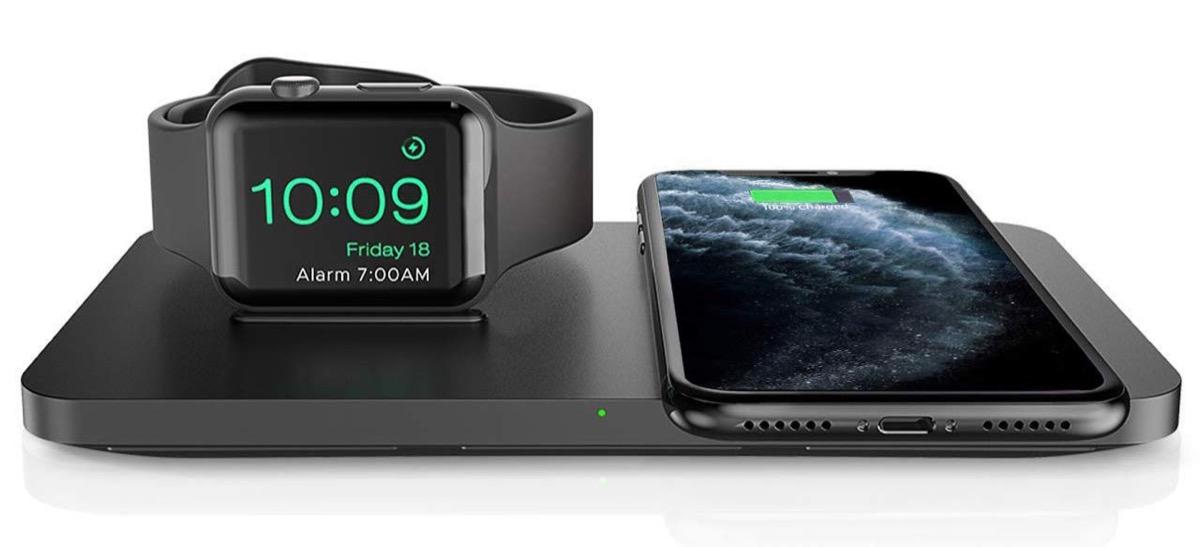 Base di ricarica wireless Seneo per iPhone e Apple Watch a soli 17,99 euro