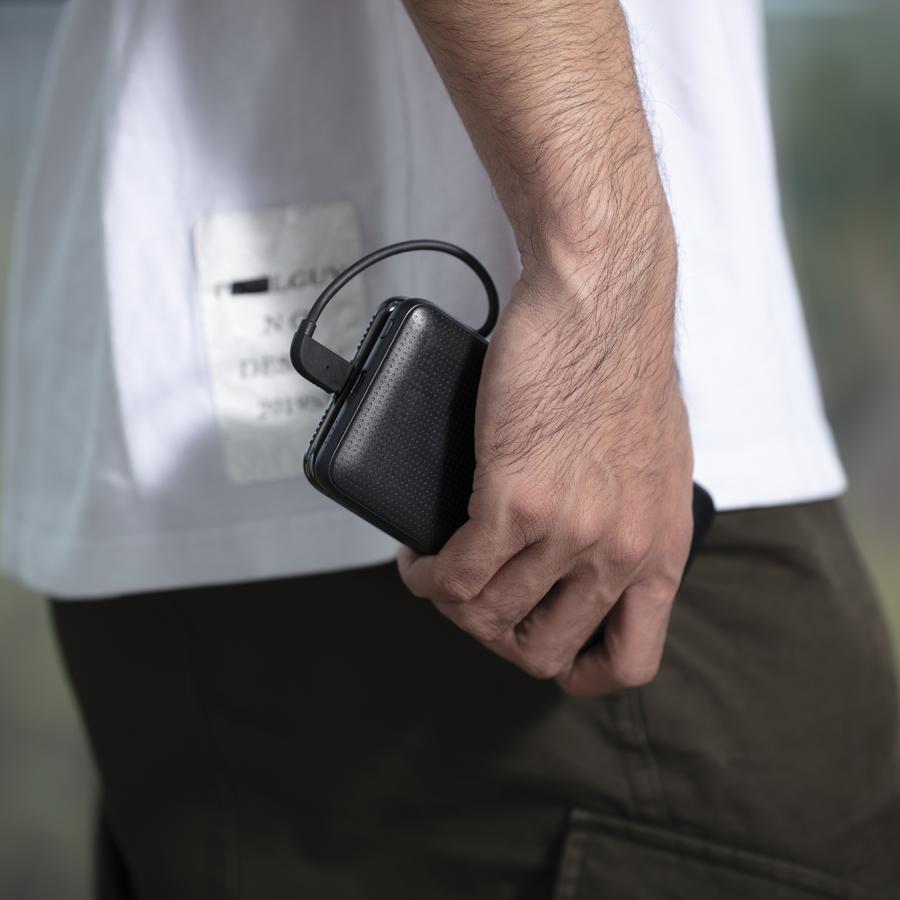 Hyper Juice è la prima batteria con Lightning e USB-C da 18W