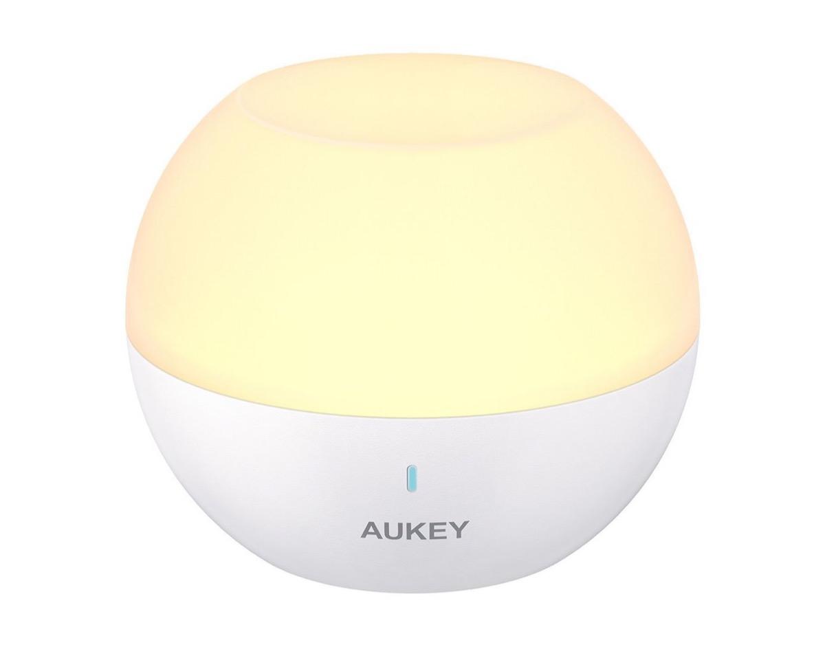 Aukey LT-ST23, la lampada LED galleggiante per bambini in sconto a soli 13,99 euro