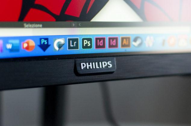 Recensione Philips PHL 439P9H, una esagerazione a cui ci si abitua molto presto