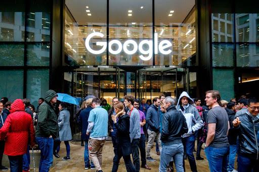 Lavoratori Google, in 8.000 lavoreranno da casa per via del coronavirus