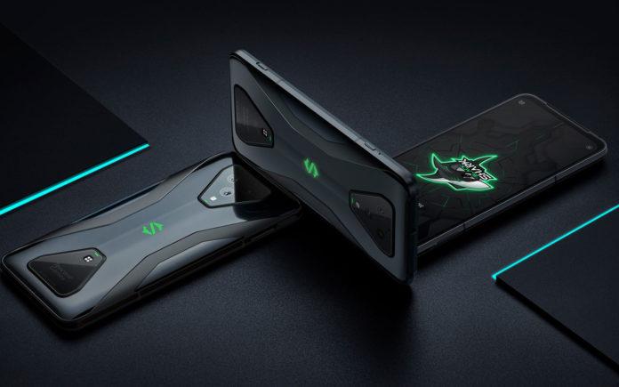 Xiaomi Black Shark 3 Pro, lo smartphone gaming con pulsanti dorsali a scomparsa