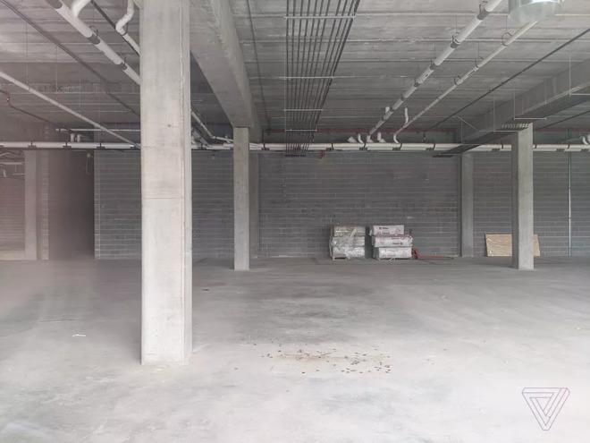 Gli edifici di Foxconn nel Wisconsin continuano a essere vuoti e desolati