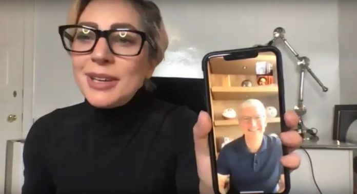 "Sorpresa Tim Cook, appare al ""The Tonight Show"" tramite FaceTime"