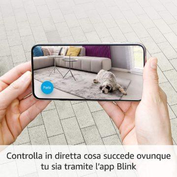 Amazon Blink Mini è la telecamera di sicurezza compatta e completa a 39,99 euro