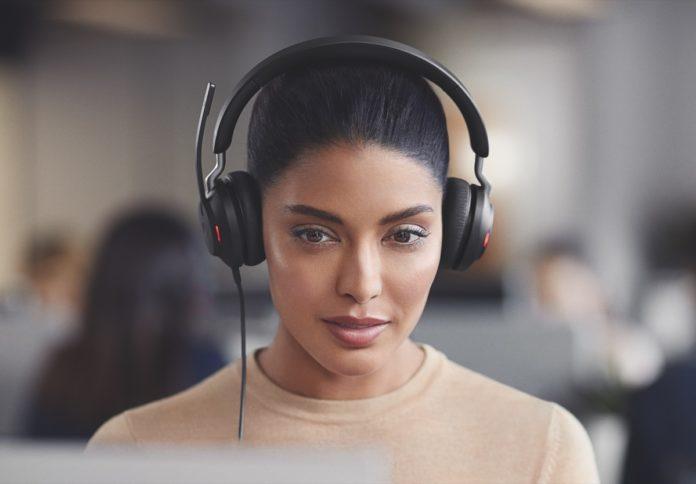 Con le nuove cuffie Jabra Evolve2 l'isolamento audio è totale