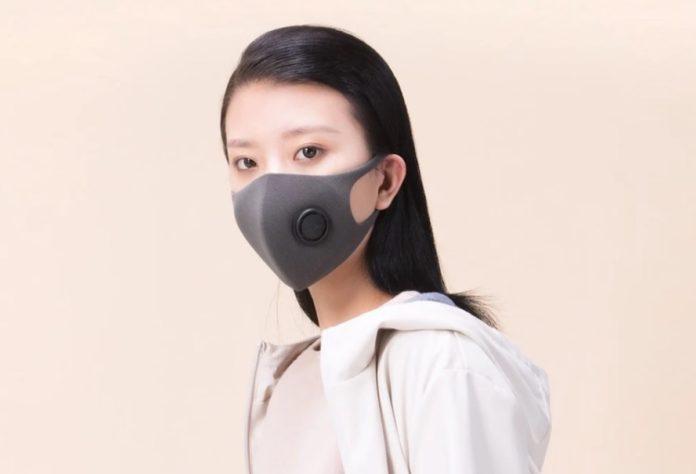 Mascherina Xiaomi con filtro in offerta a 9,74 euro, stesso prezzo per 100 tamponi di ricambio