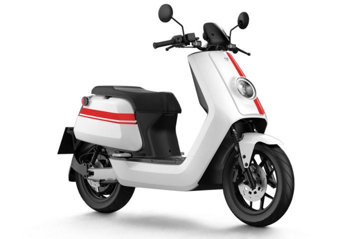 Arrivano in Italia gli scooter elettrici Niu NQi GTS e UQi GT