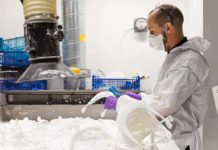 Coronavirus, Jaguar sta stampando in 3D visiere di protezione