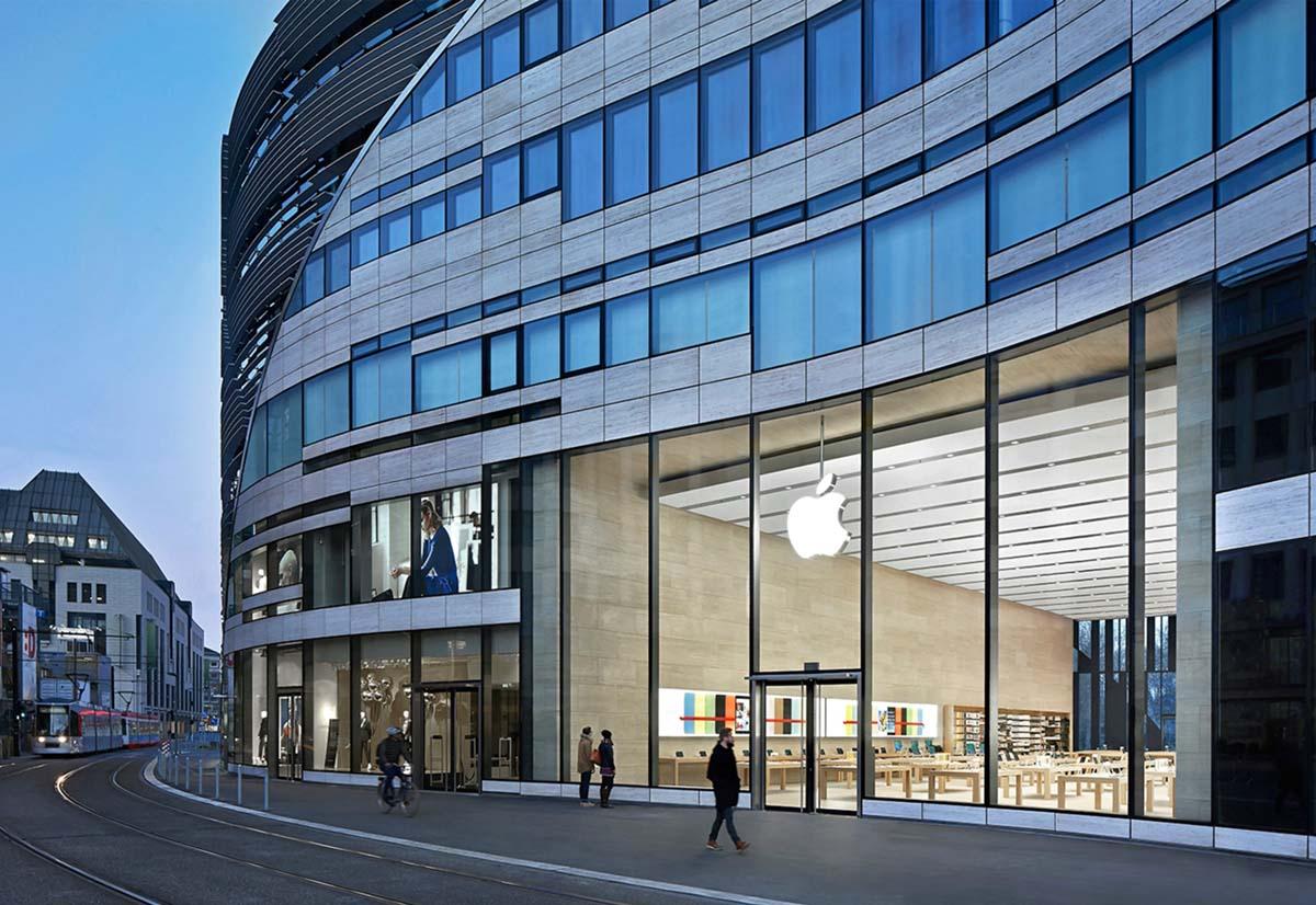 In Germania è illegale misurare la temperatura all'ingresso negli Apple Store