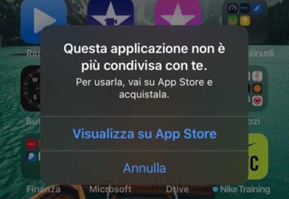 """Alcuni utenti di iOS lamentano la comparsa del messaggio """"Questa applicazione non è più condivisa con te""""."""