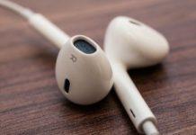 iPhone 12 senza EarPods nella scatola, Apple offrirà sconti per AirPods