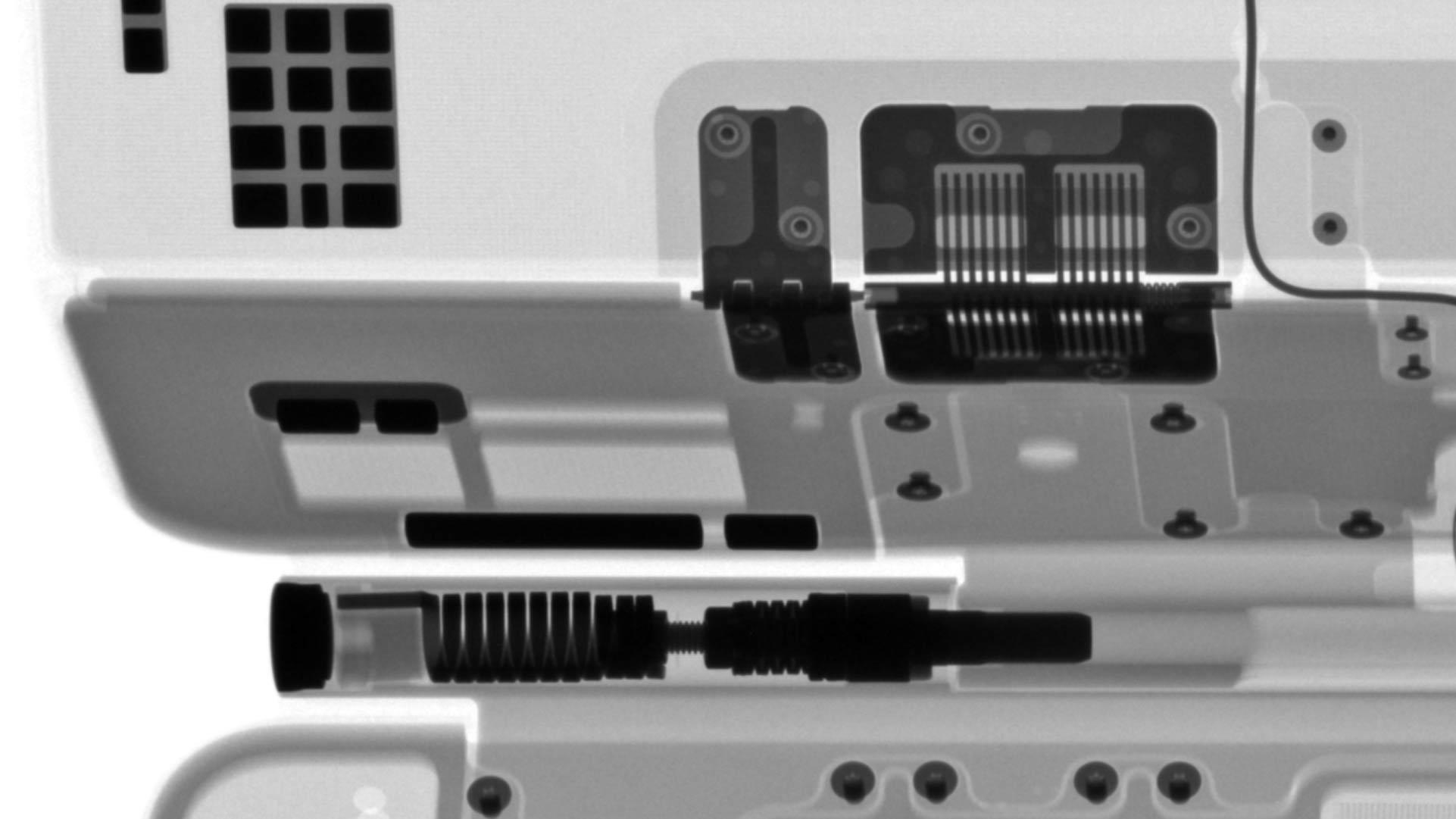 La Magic Keyboard per iPad Pro vista ai raggi X si rivela più complessa di quello che sembra
