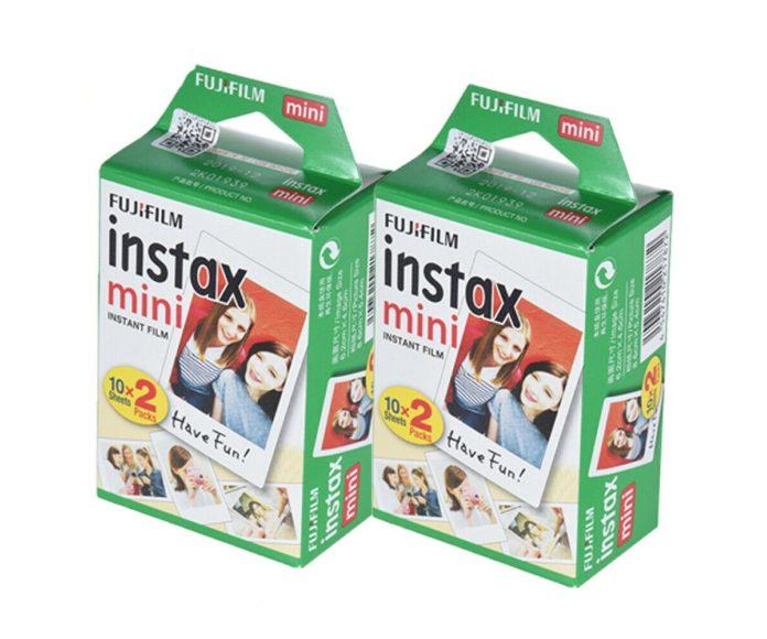 Pacchetto da 40 pellicole Fujifilm Instax Mini a soli 25 euro: ecco l'offerta