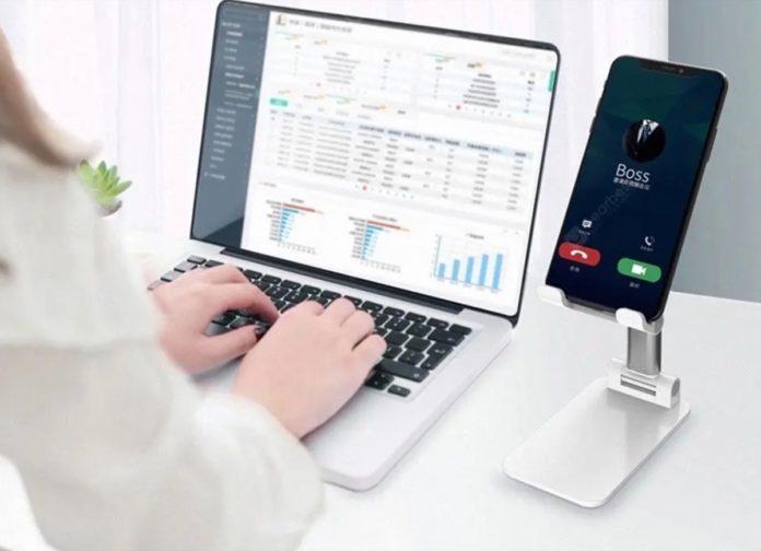 Videoconferenze comode con WFY101, il supporto per smartphone e tablet fino a 11″