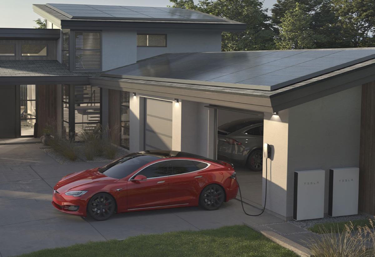 Tesla fa domanda per diventare fornitore di energia in Regno Unito