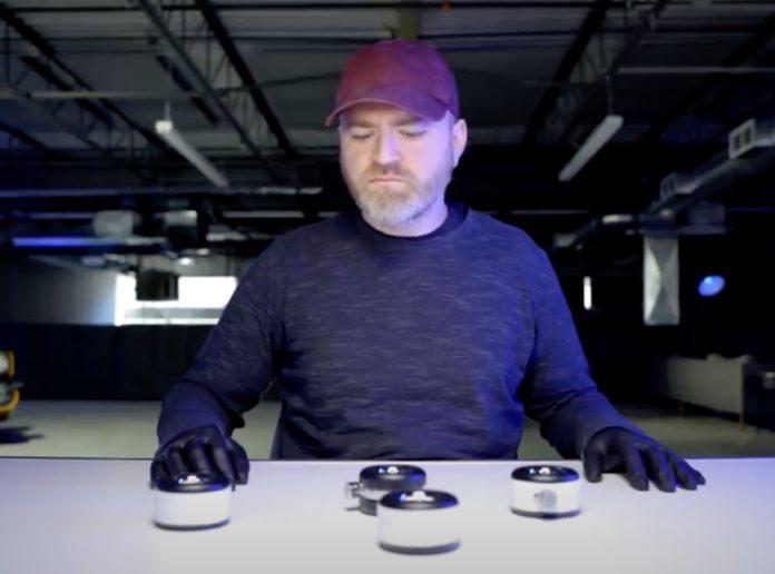 L'unboxing del kit ruote Apple per Mac Pro è un dramma muto