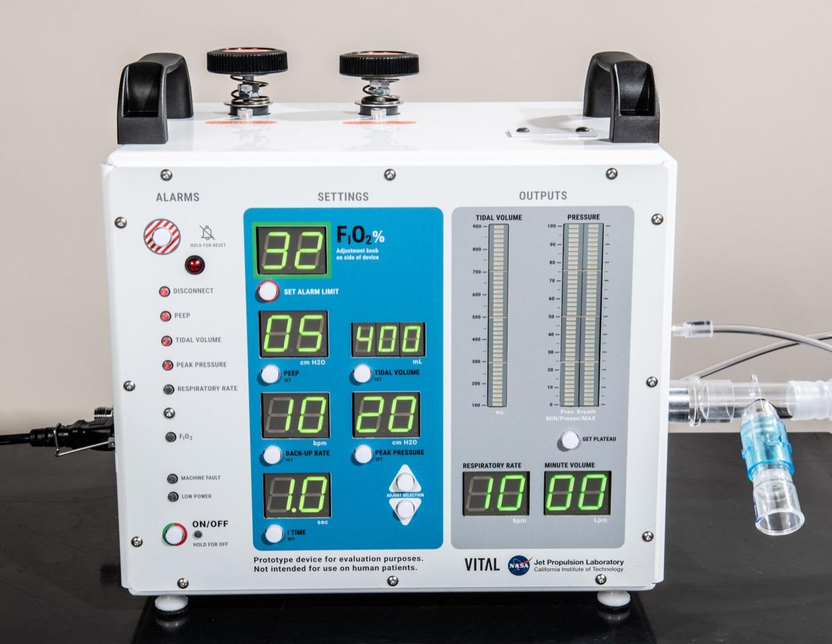 Coronavirus, gratis la licenza per costruire il ventilatore della NASA