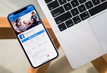 Facebook, modalità scura in fase di test