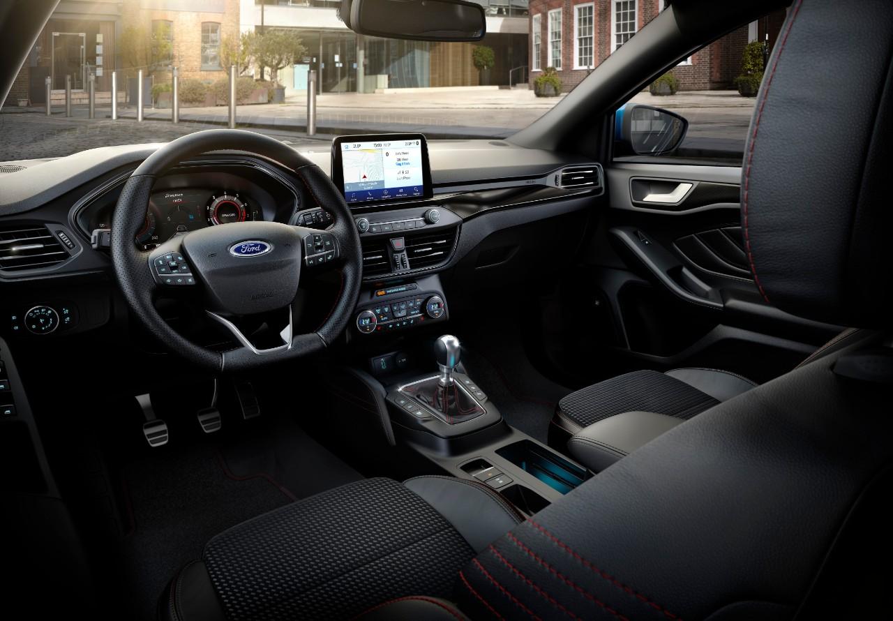 Ford Focus EcoBoost Hybrid, elettrificata con connettività avanzata