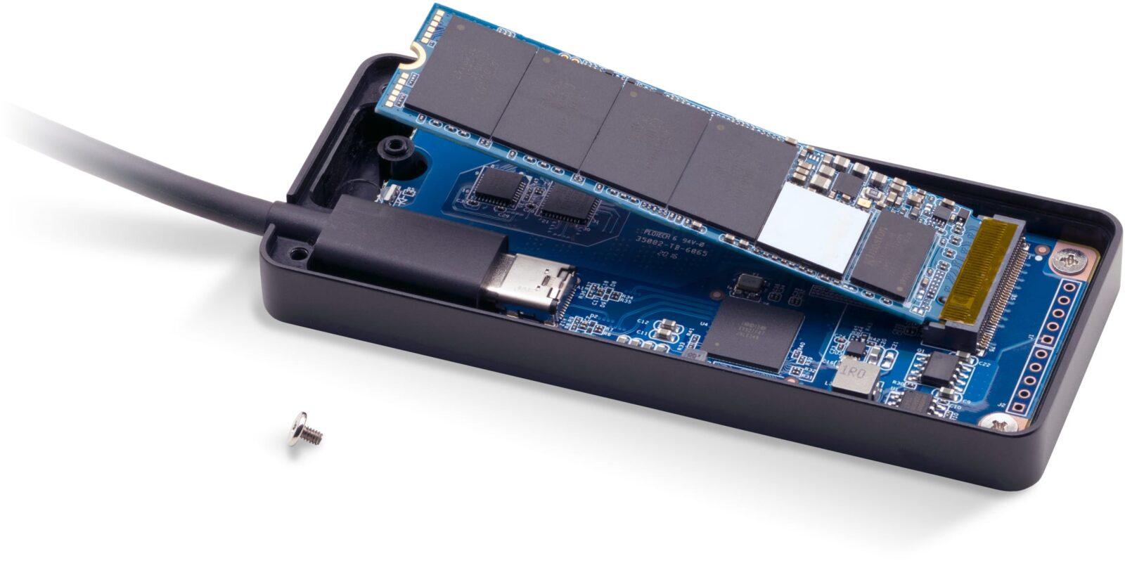 OWC Envoy Express è un astuccio Thunderbolt 3 per unità SSD NVME