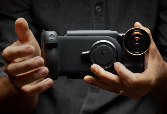 ShiftCam ProGripm su Kickstarter il kit per scattere foto professionali con iPhone e Android