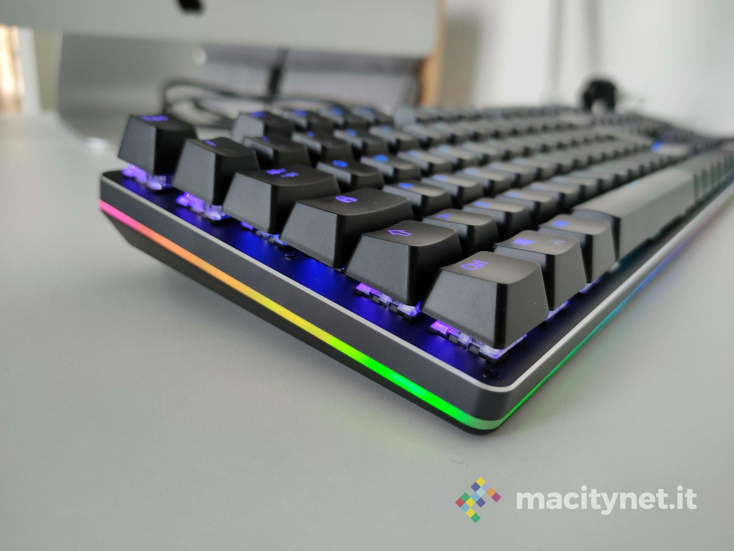 Recensione Aukey KM-G12, la tastiera meccanica per il gaming che non ti aspetti