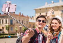 Mpow UKVV1, asta selfie con LED e specchio incorporati a metà prezzo: solo 9,99 euro