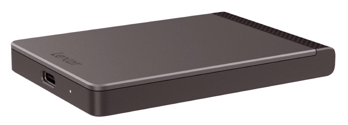 Lexar SL200, nuovi linea di SSD anti-tutto con capacità fino a 2 TB