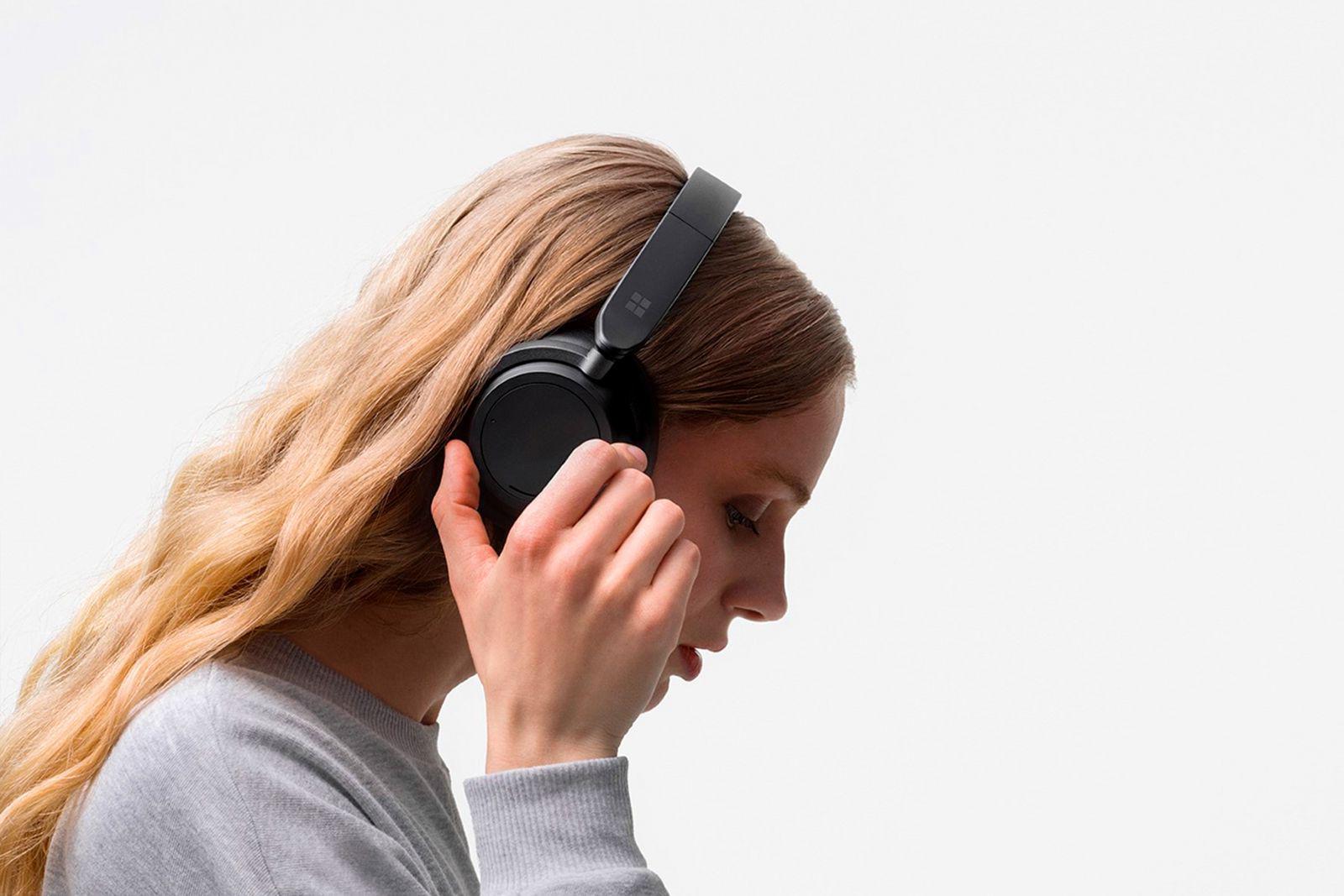 Recensione Microsoft Surface Headphones 2, audio elegante, silenzioso e touch