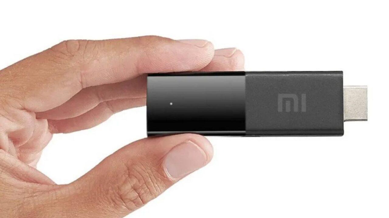 Xiaomi Mi TV Stick, disponibile la chiavetta smart con Assistente Google e Chromecast