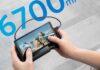 Anker PowerCore Play 6700 per iPhone è metà powerbank e metà impugnatura per videogiocare