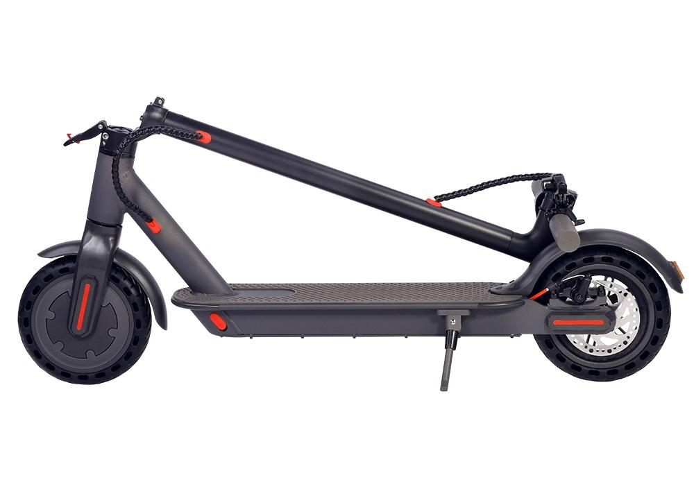 IEZway EZ6, il monopattino con ruote da 8,5 pollici con codice sconto a 2547 euro e consegna rapidissima