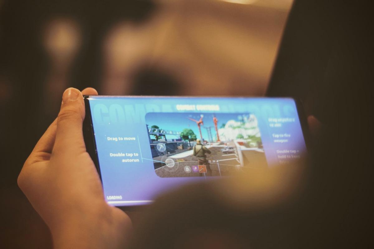 Epic Games, prima vittoria: il giudice «Apple non può bloccare l'Unreal Engine»