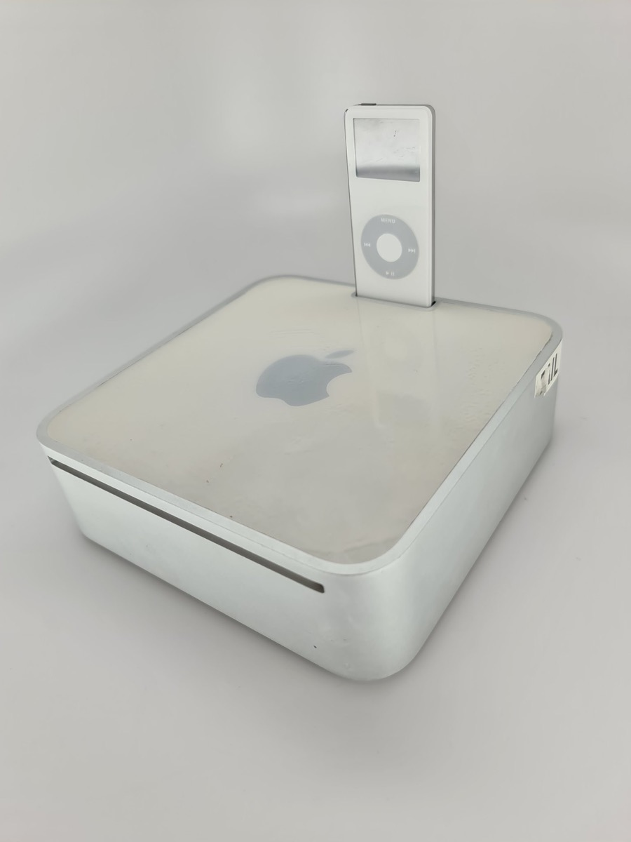apple prototipo mac mini con dock per ipod