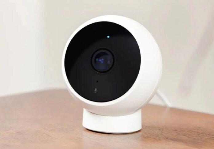 """Solo 17 € la videocamera Xiaomi Smart Camera, il """"guardiano"""" smart della vostra casa"""
