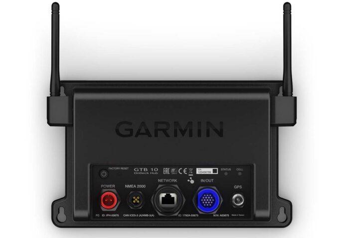 Con Garmin onDeck sempre connessi con la propria imbarcazione