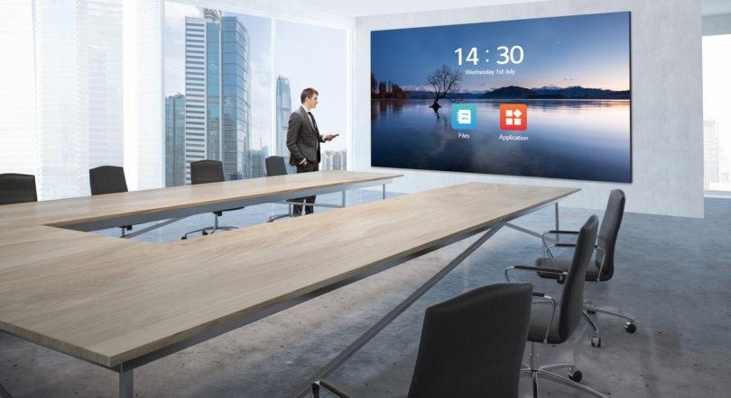 """Da LG il nuovo LED Screen 136"""" all-in-one per l'ambito business"""