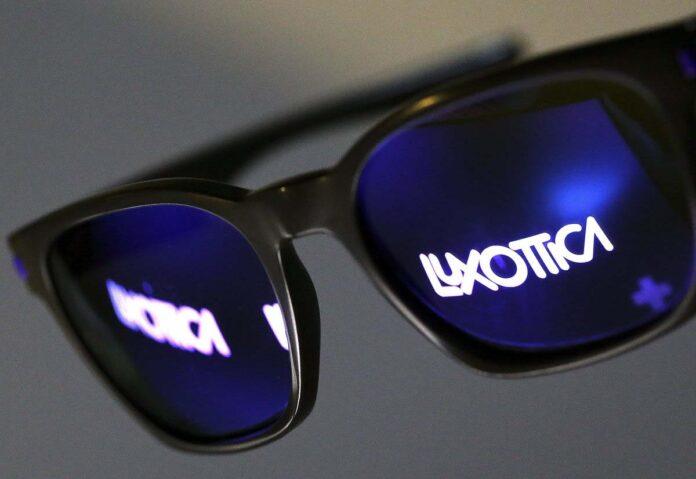 Facebook e Luxottica si alleano per Smart Glass dedicati alla Realtà Aumentata