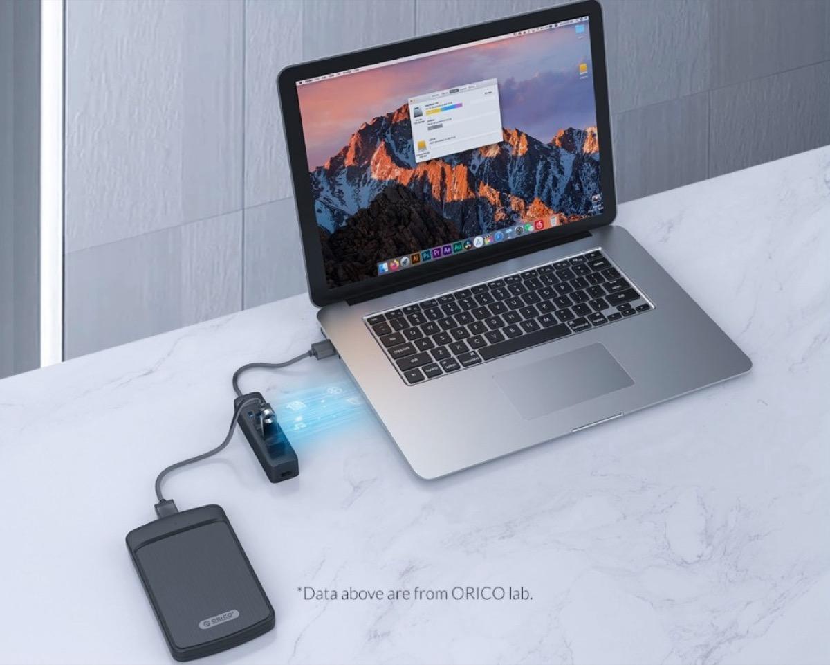 Solo 4 € la mini ciabatta USB per computer di ORICO, che aggiunge 4 porte USB 3.0