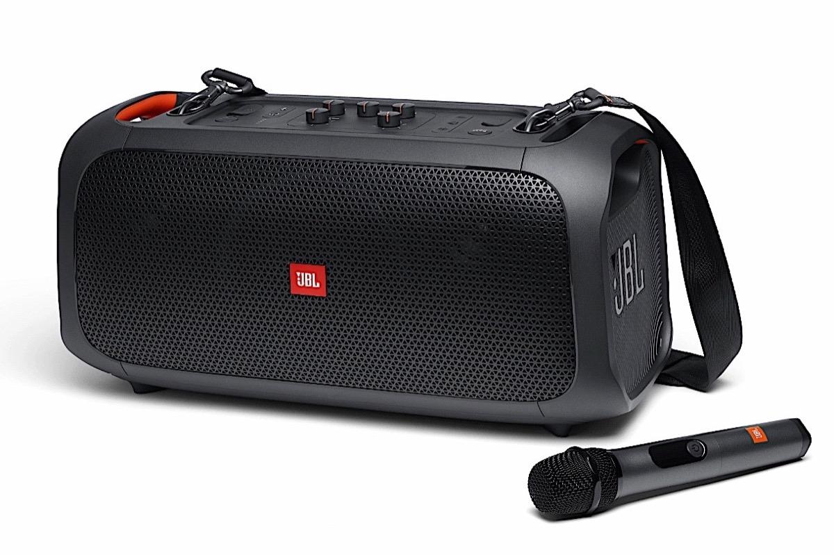 JBL presenta cinque nuovi altoparlanti Bluetooth che accontentano tutti