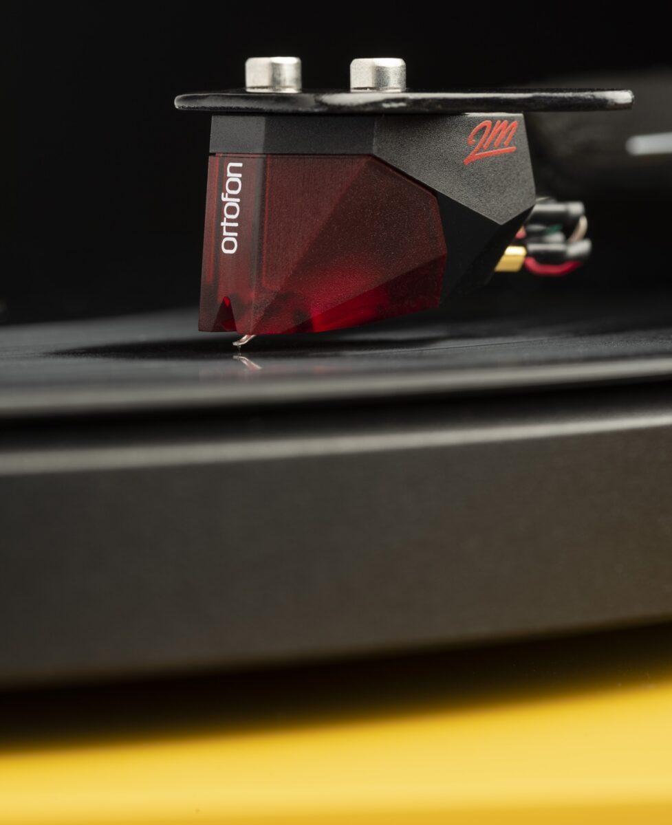 Pro-Ject Debut Carbon EVO è il giradischi accessibile per audiofili