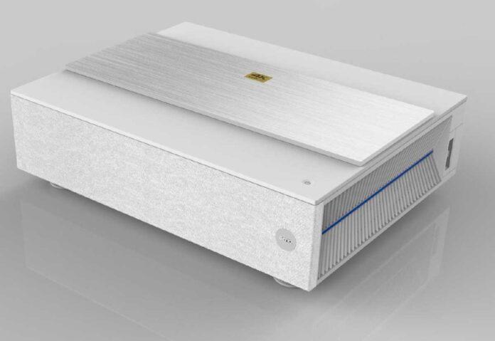 Nuovo videoproiettore laser DLP 4K BenQ V6000/V6050
