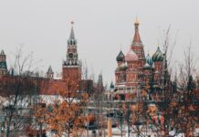 La Russia può costringere apple a ridurre commissione al 20%