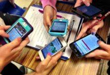Cellulare e tablet in classe al tempo del Coronavirus: come pulire i dispositivi hi-tech