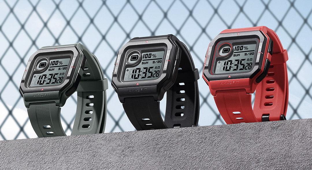 """Amazfit Neo, lo smartwatch """"stile Casio"""" dal look anni '80 in sconto del 60%"""