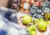 Gli Apple Glass permetteranno di confrontare due prodotti quando si fa shopping