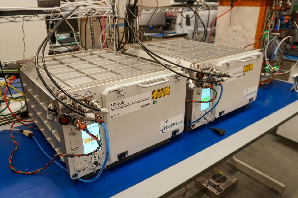 La Stazione Spaziale Internazionale ha il suo primo frigorifero